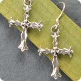 Silberohrhänger Kreuz