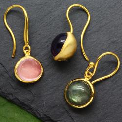 Ear Pendant Gold Gems
