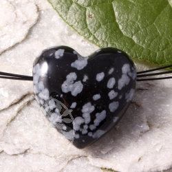 Schneeflockenobsidian Herz