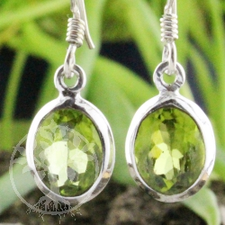 Ear Pendant oval Peridote faceted Silver 925