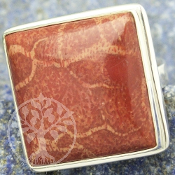 Coral ring in square shape 925