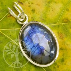 Labdradorit silver pendant A quality split eyelet
