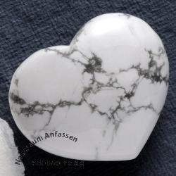 Magnesite Heart Handstone
