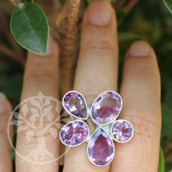 Silver Ring flower with five faceted Amethyst-Gemstone