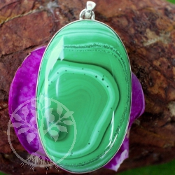 Malachite gemstone oval  with strong sterling silver pendant