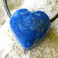 Herz aus Lapislazuli