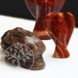 Schädel aus Stein Kreuzstein Chiastolith 68x25mm
