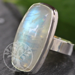 Moonstone Rainbow Ring with Silver 925