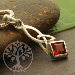 Garnet Pendant Rosy Sterling Silver 925 square gemstone 25x8mm Celtic STyle