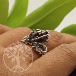 Sterling Silber Ring Drache 20x29mm Drachenring Silber 925 mit Drachenkopf