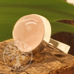 Rose quartz ring - circle - size 57 - Strawbeery drops