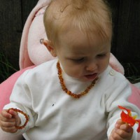 Amber chain for children. 10 pieces