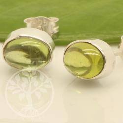 peridot ohrstecker oval sterling silber 925 7x9mm edelsteine grosshandel. Black Bedroom Furniture Sets. Home Design Ideas