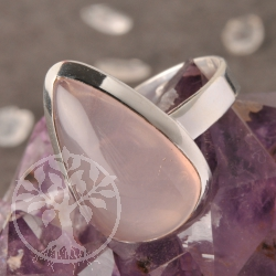 Rose quartz ring - tear drop - size 57 - Pink Drop