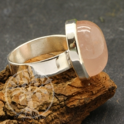Rose quartz ring - size 57 - Miss Piggy