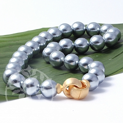 Pearl necklace Gold closure Silver 925