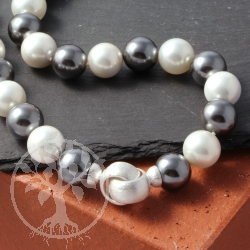 Pearl necklace White Black with silver clasp 50 cm