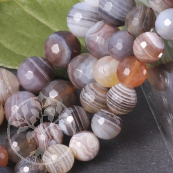 Botswana Agate jewellery beads facetted 10 mm