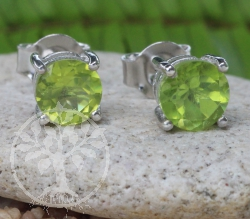 Peridot Stud Earrings Sterlingsilver 925 6x15mm