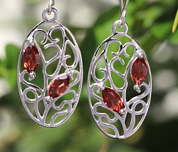 Garnet Earrings Sterlingsilver 925 Ovalona 13X35mm