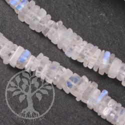 Regenbogen Mondstein quadratische Scheibenperlen A ca. 4-5mm