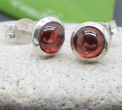 Garnet Studs Earring Sterlingsilver 925 6x15mm
