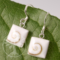 Shiva Shell Earrings Square SHOH16