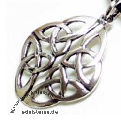 Celtic Pendant K31