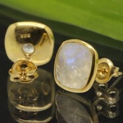 Ear Stud Gold Rainbow Moonstone Plated Gems Sterlingsilver 925 11x16mm