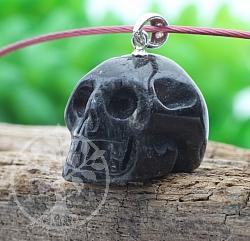 Antophyllite Pendant Skull 24x15mm