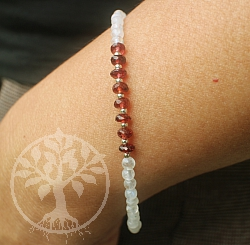 Moonstone With Garnet Bracelet 20cm