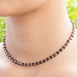 Rauchquarz Halskette Facettierte Silberperlen 4 mm.