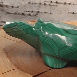 Turtle Hannes made of malachite 60x25x35mm