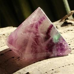 Fluorit Pyramide 014