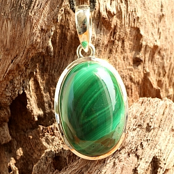Malachit Oval Pendant With Sterling Silver 925 32x20mm