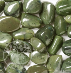 Jade Nephrit Tumbled Stones 25/35mm 0.2 kg