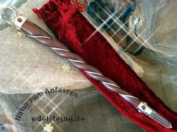 Zauberstab aus Rosenholz mit Granaten gross