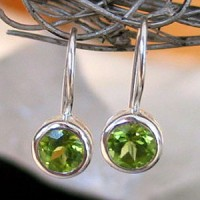 Ohrh�nger rund mit Peridot faceted