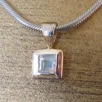 Silber-Anhaenger viereckig mit Mondstein