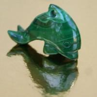 Delfin aus Malachit klein