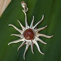 Silver Pendant Sun with Sunstone small