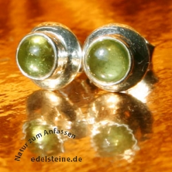 Earstuds Peridot 8 mm