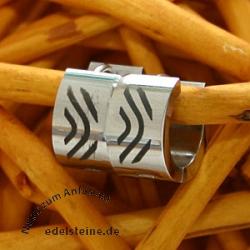 Edelstahl Creolen mit Zebramuster 7 mm
