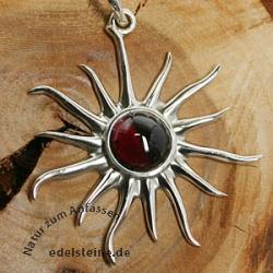 Granat-Silber-Anhaenger Sonne 2