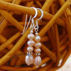 Earrings with 4 pink Pearls