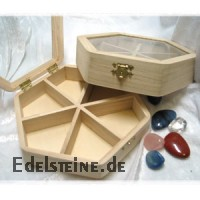 Wooden box 6-cornered with glass lid