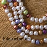 Pearl necklet coloured