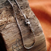 Stainless steel necklace KE45