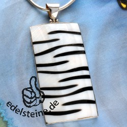 Zebra shell pendant with silver 7