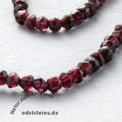 Garnet Necklace seeds